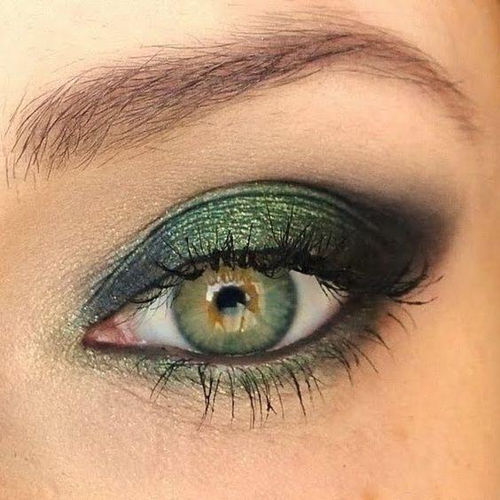 Zielony makijaż dla Panny Młodej