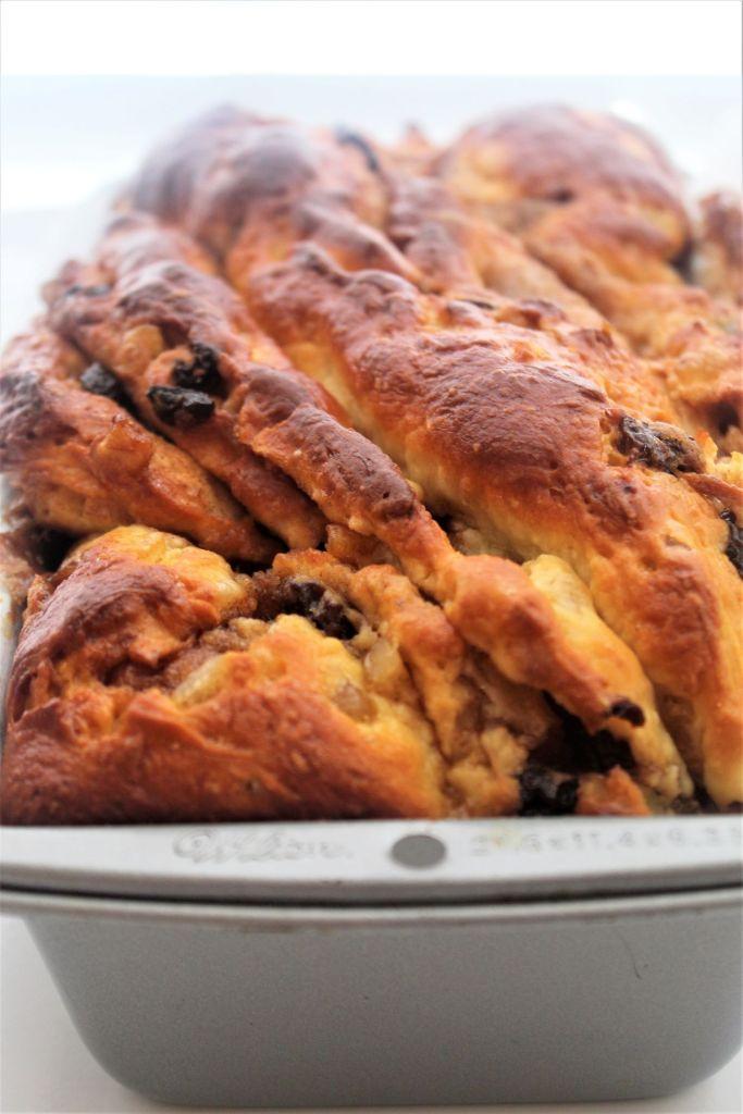 loaf of panebabka in pan