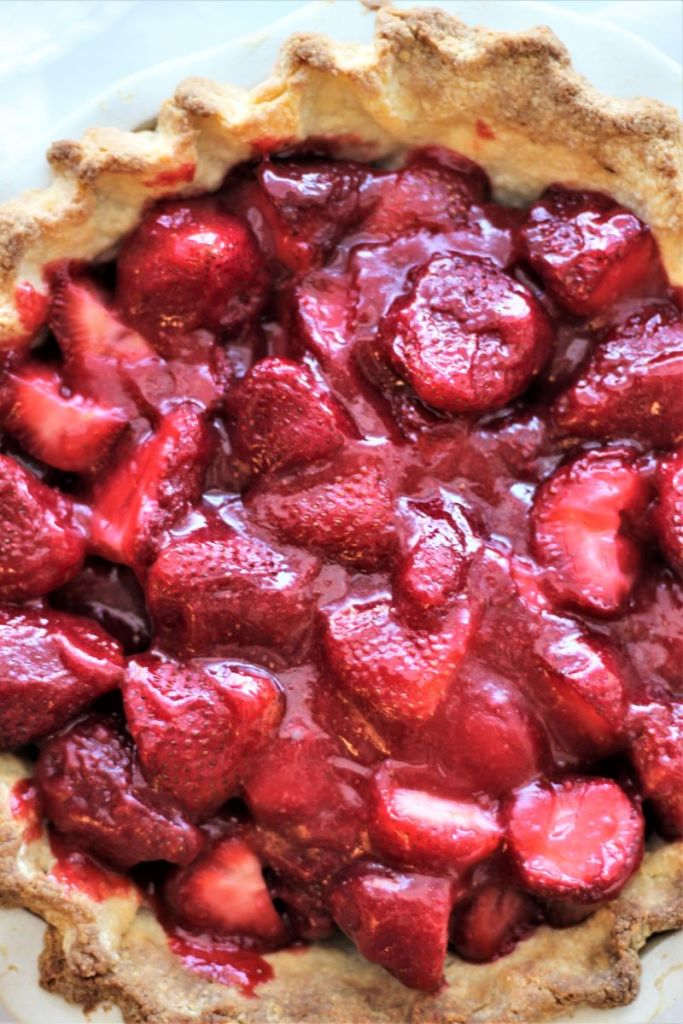 whole gf fresh strawberry pie