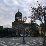 La piazza del duomo di Sant'Alfio in Sicilia