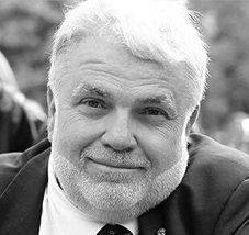 Roberto Perrone, giornalista e scrittore