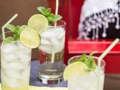 Prosecco and Elderflower Spritzer 3 glasses