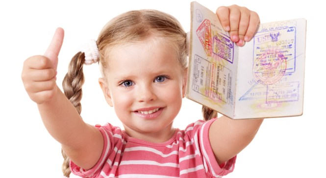 Come richiedere il passaporto per i minorenni?