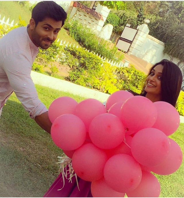Romantic Pictures Of Shoaib Ibrahim Amp Dipika Kakar Will Give You Couple Goals Let Us Publish