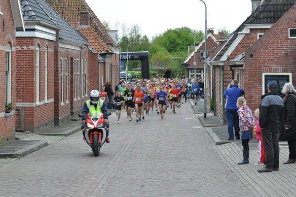 Door de Molenstraat.