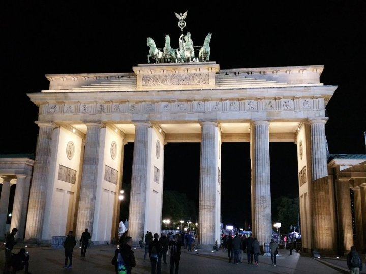 De Brandenburger Tor by night.