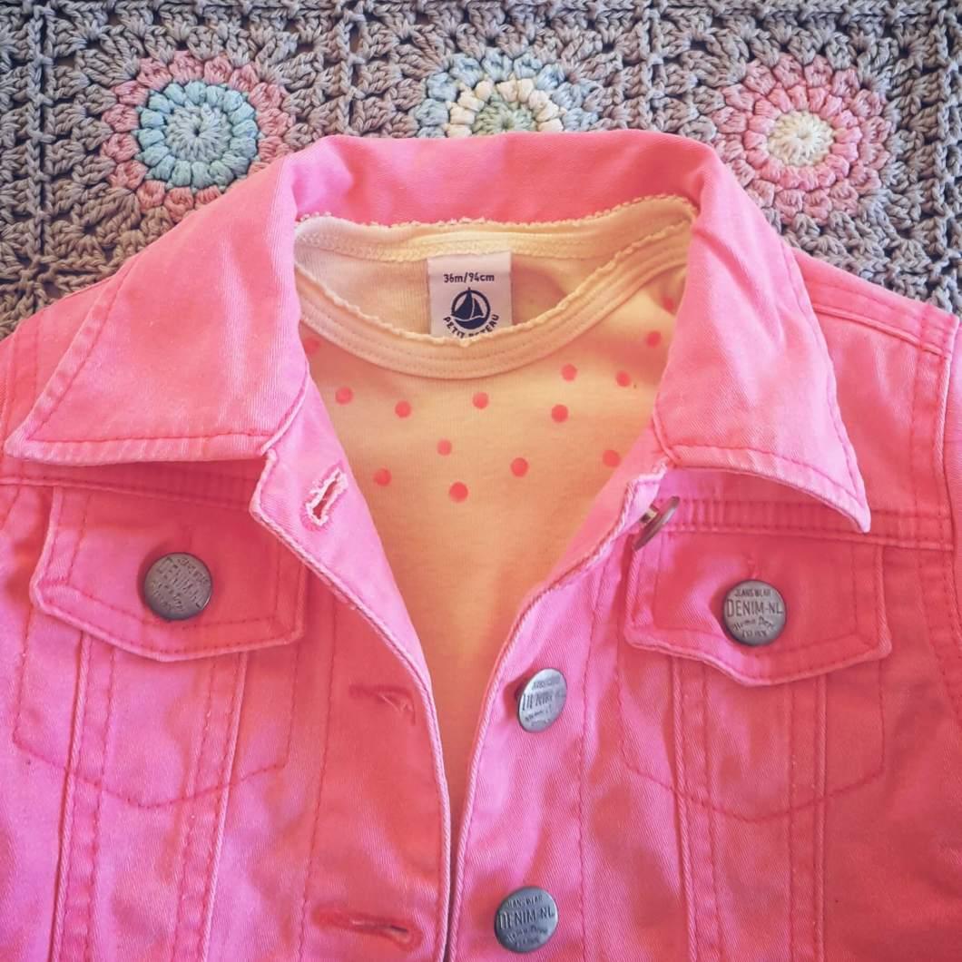 Pimpen met textielstift: zo knap je een oud shirt of romper op