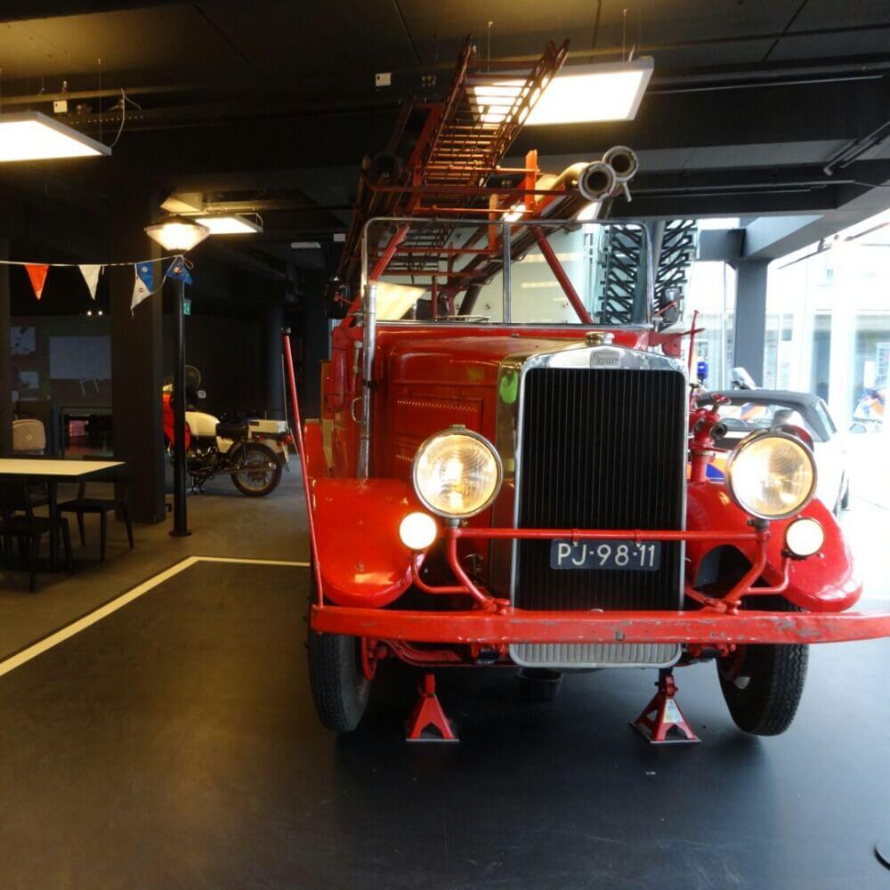 Uitje met de kids politie, ambulance en brandweer kijken in het PIT Veiligheidsmuseum
