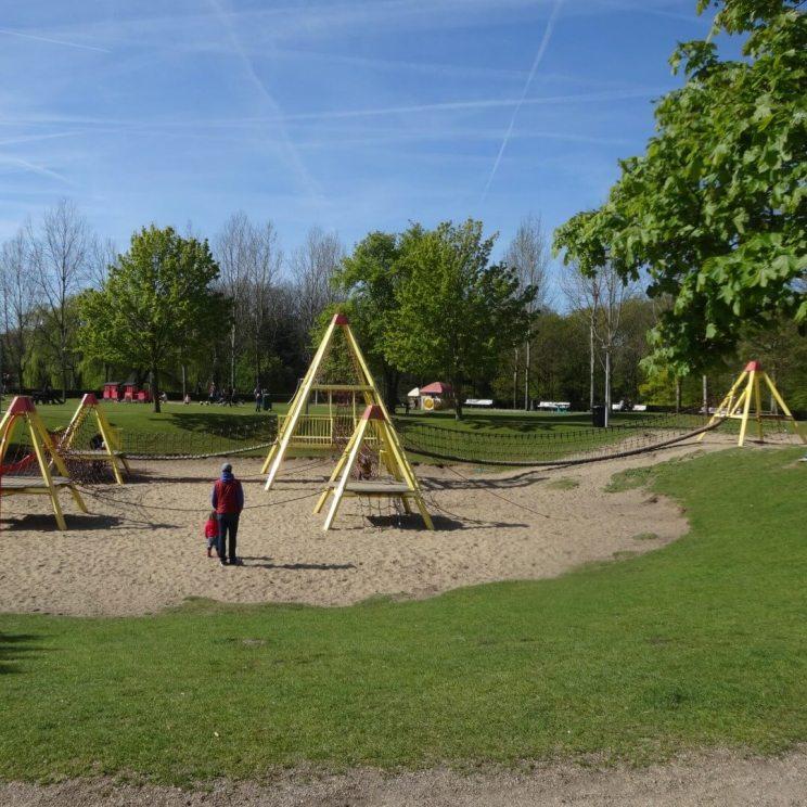 Wandelen met kinderen in de buurt van Amsterdam: plekken met speeltuin - Amstelpark
