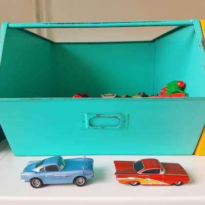 verjaardag cadeau ideeën voor een kleuter van 4 jaar of 5 jaar: metalen kratjes van Kidsdepot