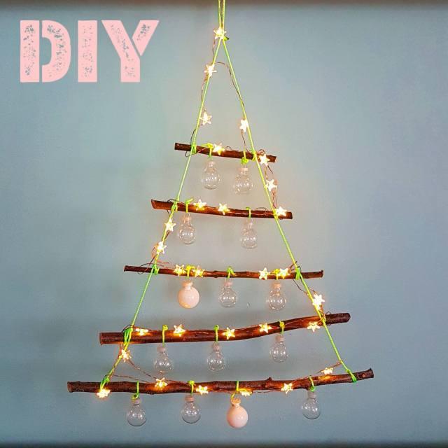 Kerst DIY: kerstboom met lichtjes knutselen van takken