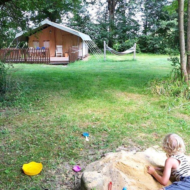 safaritent op kindvriendelijke camping en gîtes: Domaine de Marque in de Pyreneeën