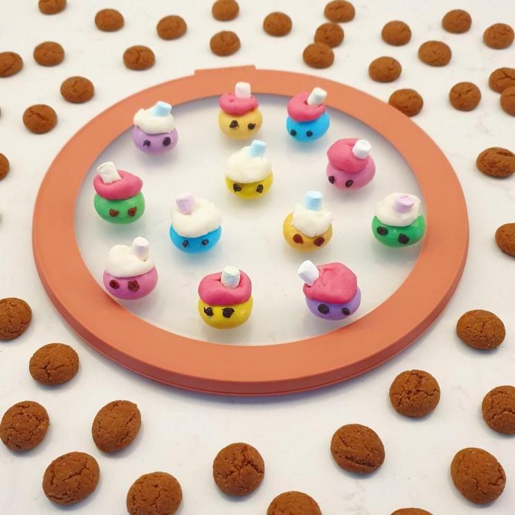 Sinterklaas recepten leuke ideeën om te knutselen met eten- pepernoten pietjes