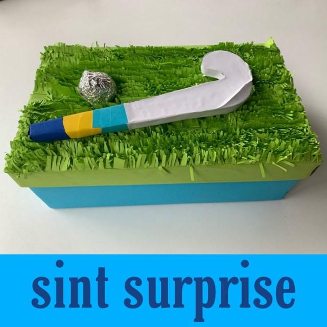 Sinterklaas surprise hockeystick knutselen