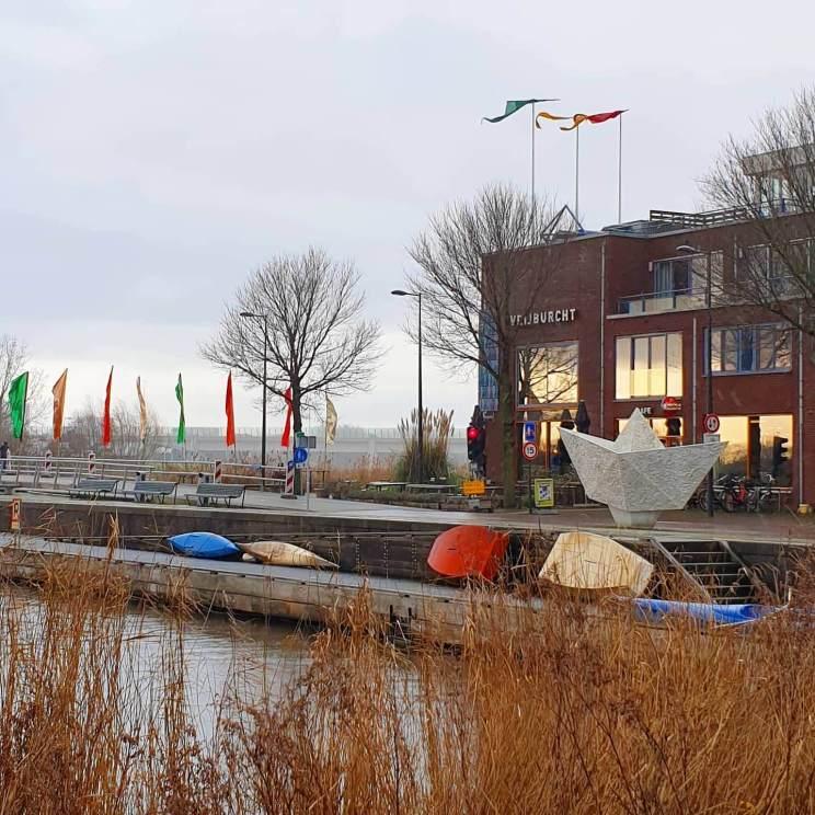 Wandelen met kinderen in de buurt van Amsterdam: plekken met speeltuin - Vrijburcht op IJburg