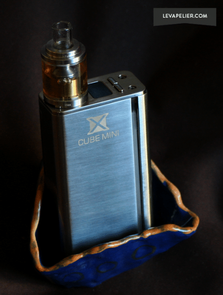 X Mini Cube