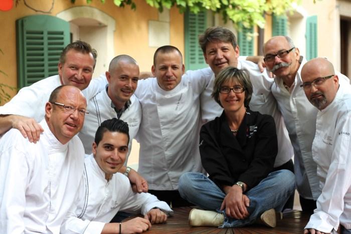 15 chefs Châteaux & Hôtels Collection PACA aux fourneaux pour les Restos!