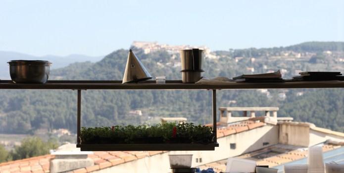 Situé face au village du Castellet, la vue est imprenable!