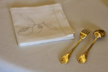 Les broderies poétiques des serviettes à dessert