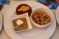 Salade de pois chiches, velouté de lentilles et cade de la Famille Trabaud, producteurs à Rocbaron