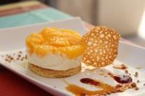 Entremet à l'orange, sablé et crème mascarpone à la vanille