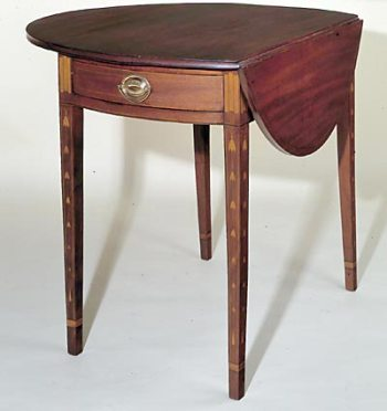Rare Hepplewhite Bellflower Inlaid Pembroke Table