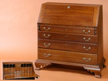 THE GILLETTE FAMILY CHIPPENDALE SLANT-FRONT DESK