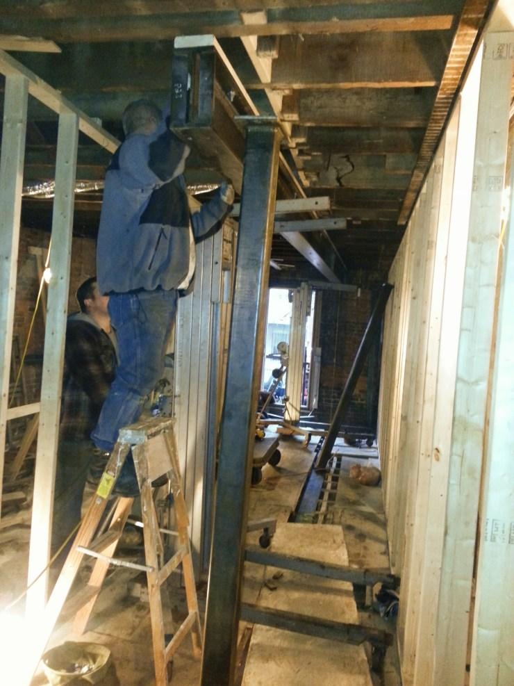 2013-12-23 steel erection - click to go to Construction Photos album