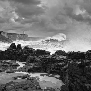 Black-White-landscape-photography-wales-gower-cardiff-brecon-southerndown-by-photographer-lewis-fackrell-photography2