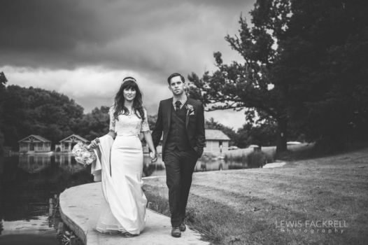 Canada-lodge-lake-cardiff-cerian-dan-june-wedding-photographer-south-wales-lewis-fackrell-photography-4