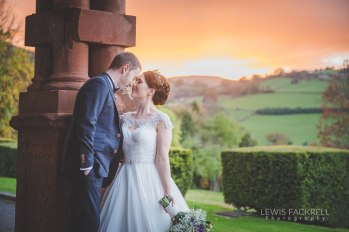 Cardiff-Wedding-Photographer-Buckland-Hall-Coed-y-Mwstwr-Canada-Lodge-Wedding-Abroad-Destination-Italy-France-South-Wales0Wedding-Photographer-Lewis-Fackrell-Photography-5