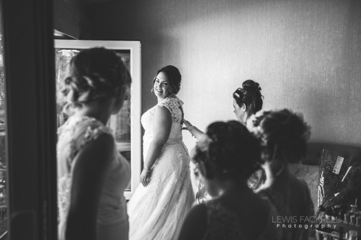 Stacey-Rob-Oxwich-Bay-Gower-Swansea-Wedding-Photographer-Lewis-Fackrell-Photography-39