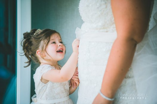 Stacey-Rob-Oxwich-Bay-Gower-Swansea-Wedding-Photographer-Lewis-Fackrell-Photography-40