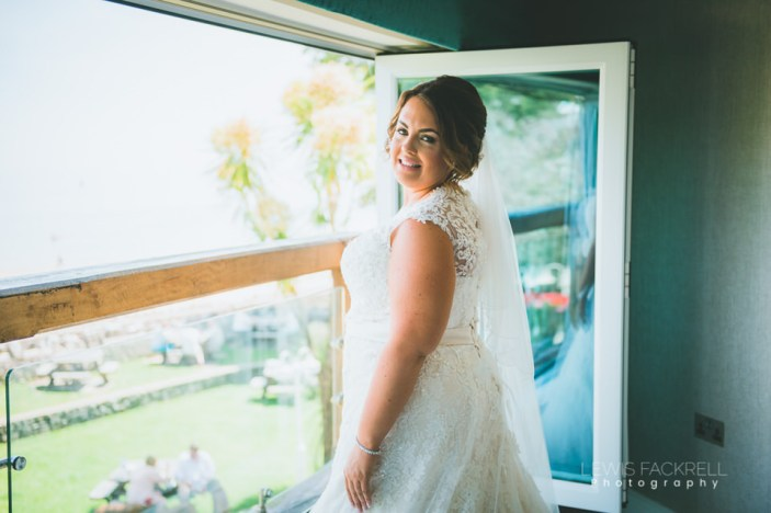 Stacey-Rob-Oxwich-Bay-Gower-Swansea-Wedding-Photographer-Lewis-Fackrell-Photography-41
