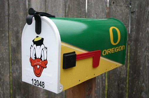 Bus Box Oregon Ducks