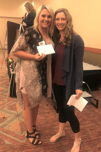 Rainier Connect Scholarship recipient Lauren Balmelli with Amanda Singleton Manager of Rainier Connect. Photo credit: Centralia Chehalis Chamber of Commerce.