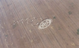 Flying Saucer Intricate Crop Circle