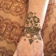 Suno Henna Henna by Suno Henna