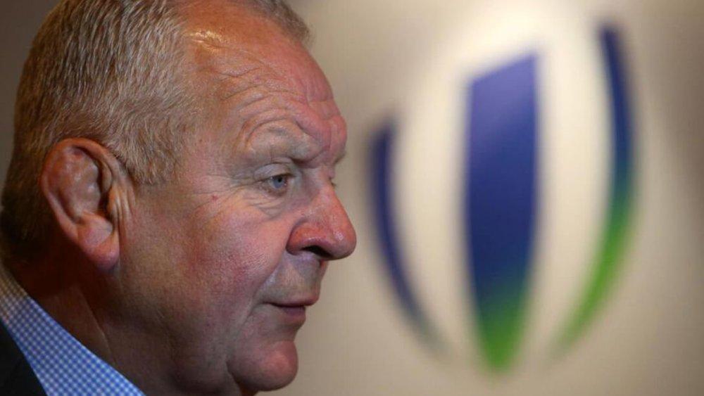 hôte répond-bill-beaumont_rugby_top14_france_international_worldrugby_coupe-du-monde_2023