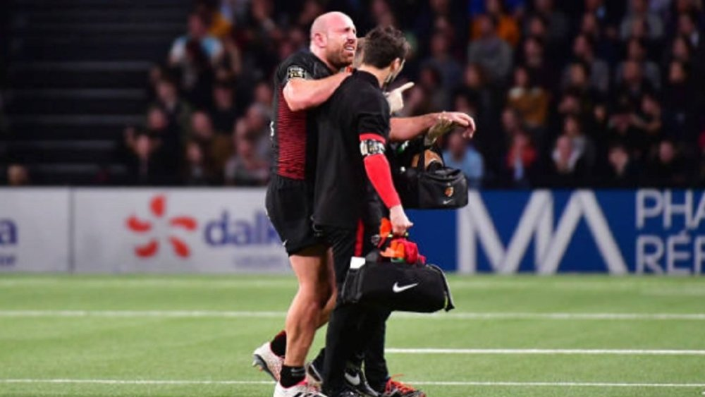 rugby top 14 lucas pointud indisponible 3 à 4 mois xv de départ 15 résultats classement