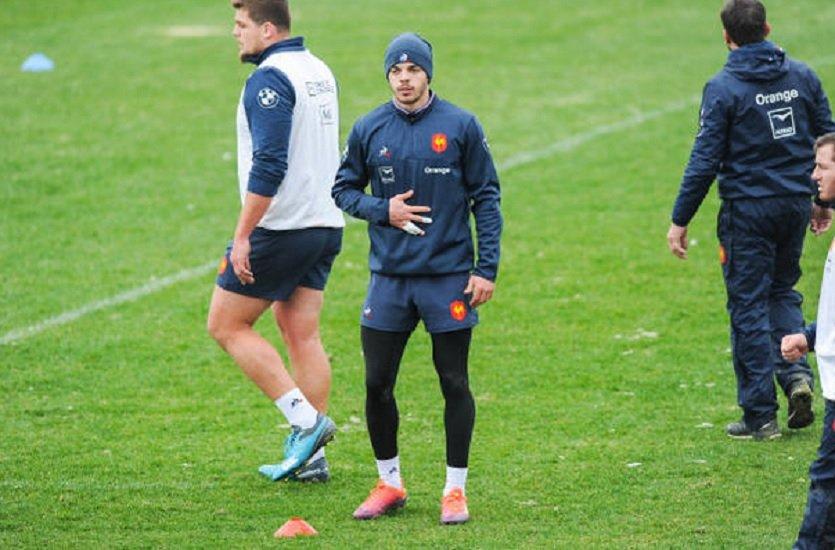 bleus vers une titularisation de romain ntamack rugby france xv de départ 15