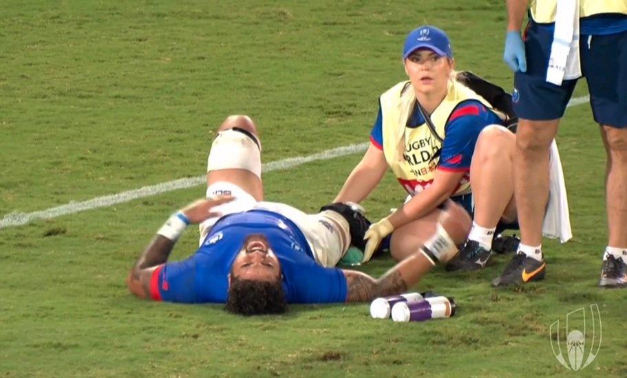 samoa amosa évacué sur civière rugby coupe du monde xv de départ
