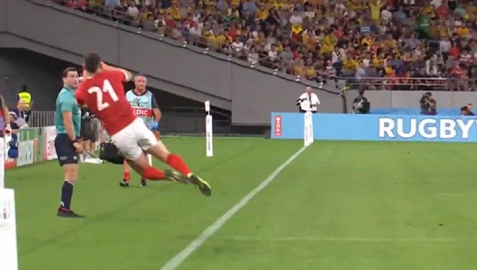 vidéo le sauvetage impressionnant de tomos williams rugby coupe du monde xv de départ 15