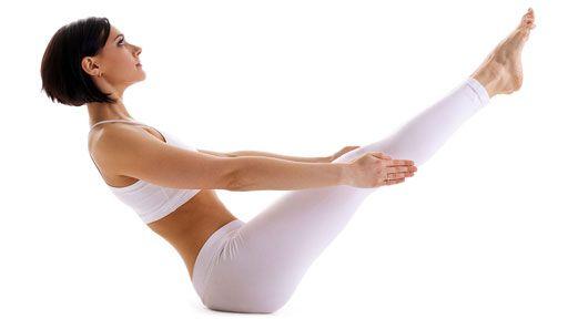5-posiciones-de-yoga-para-reforzar-tu-voluntad-barco