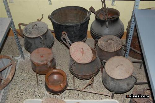 Fabula la olla de cobre y la de barro leyendas cuentos for Utensilios de cocina viejos