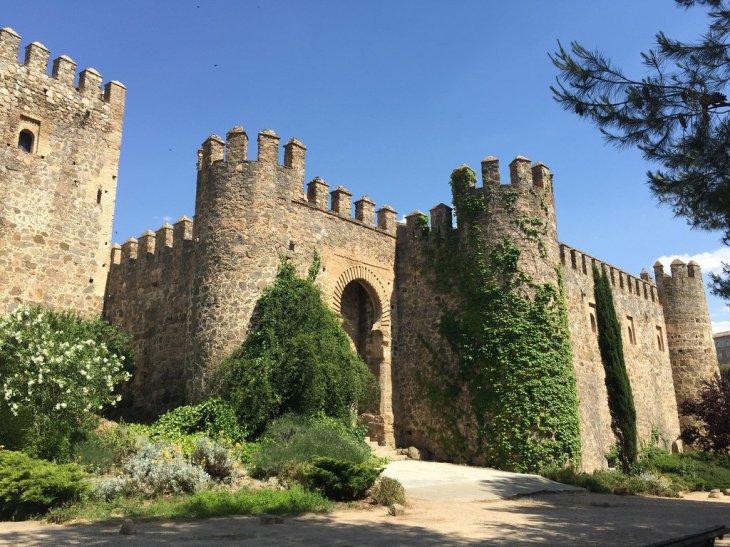 El Fantasma del Castillo de San Servando - Leyendas de Toledo