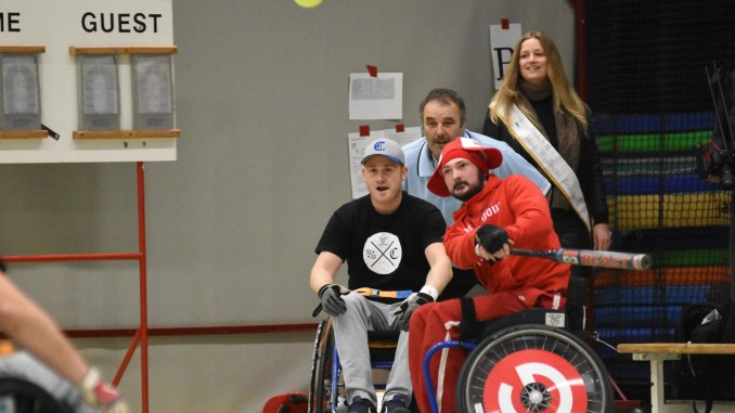 Tournoi chaise roulante softball Squirels