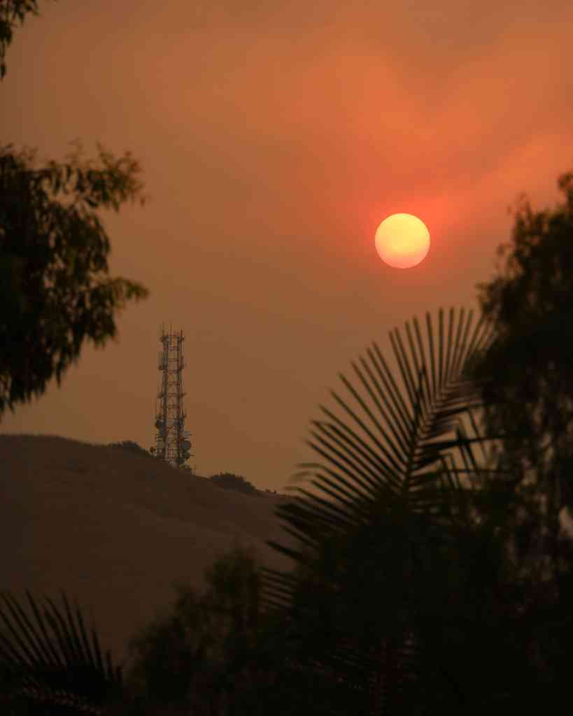 smoke blots out the sunrise during CA wildfire