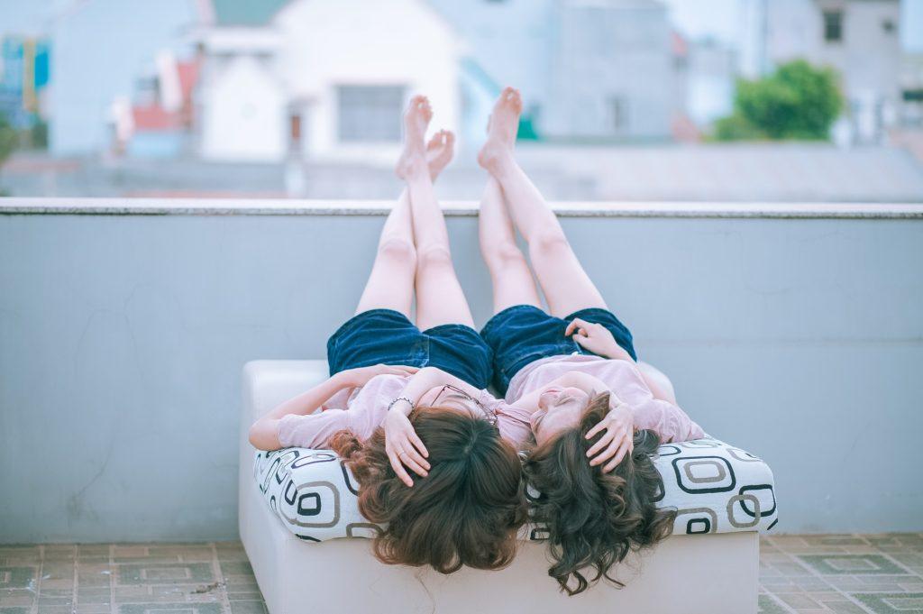 女女怎麼愛愛?大家最好奇女同(拉拉)做愛三問(18X) - LGBTQ.tw 臺灣酷家