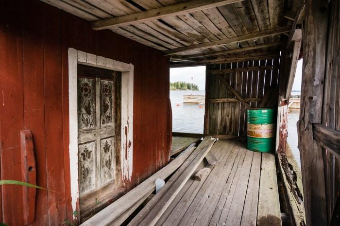 Båtskjul i Brändö hamn.